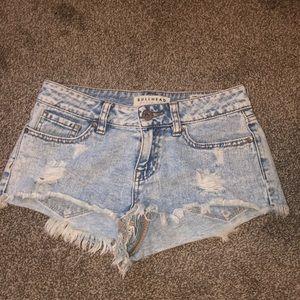 bullhead jean shorts from pacsun
